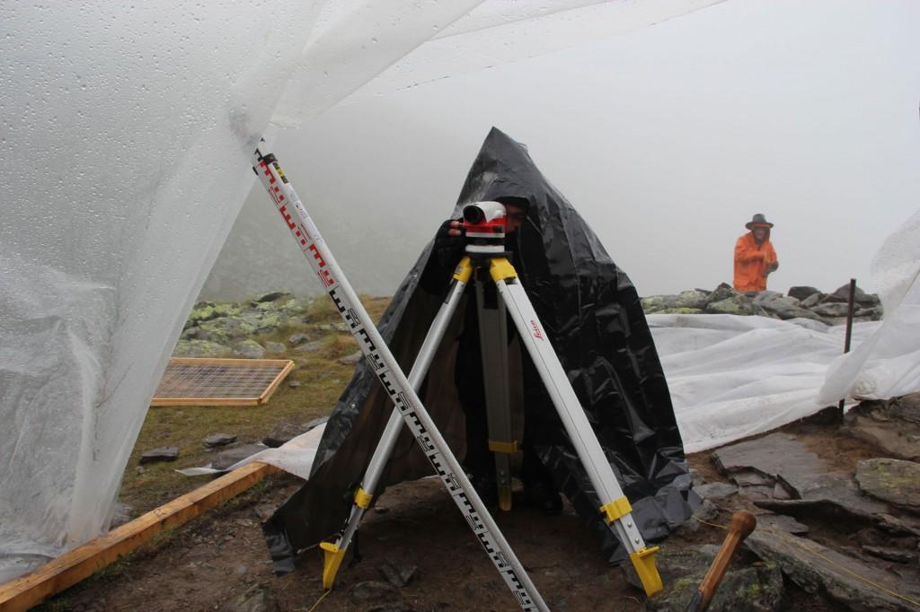 Ambiance-de-fouilles-estivales-2650m
